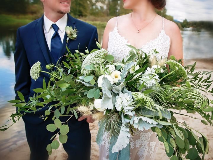 Tmx Boquet 51 1907147 158387456184779 Hamilton, MT wedding photography