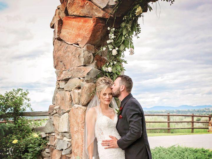 Tmx Eyes Closed 51 1907147 158387612877535 Hamilton, MT wedding photography