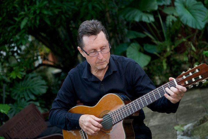 #Sundyhouse Guitar