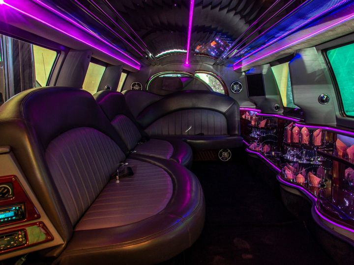 Tmx Rock Harbor 14 Passenger Stretch Suv Limo Interior 51 1067147 1563927310 East Lansing, MI wedding transportation