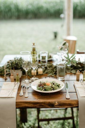 Live-edge Farm table dinning