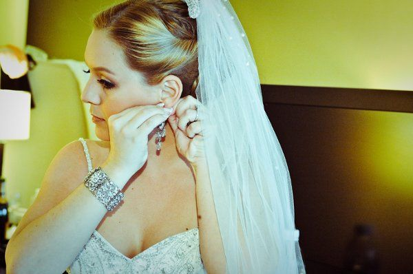 Bridal Make-up and Hairstyle by Mimi.