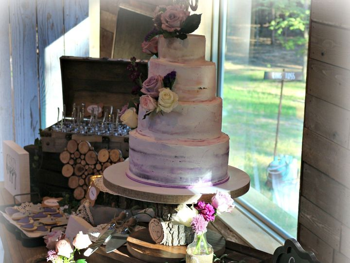 Tmx Img 9996 51 1069147 1560352832 Lake Dallas, TX wedding cake