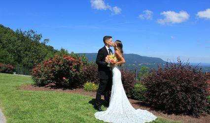 The Groovy Wedding Company 1