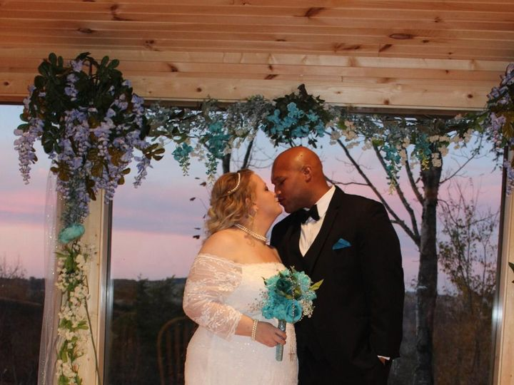 Tmx Img 1865 51 999147 157696426487183 Sevierville, TN wedding officiant