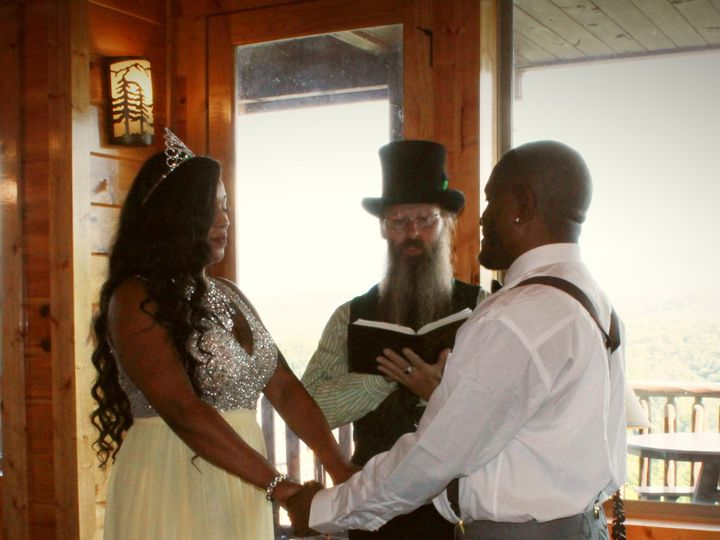 Tmx Img 3837 51 999147 159985997540034 Sevierville, TN wedding officiant