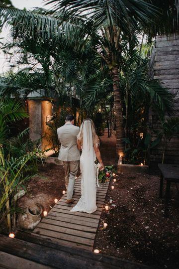 Tulum wedding vibes