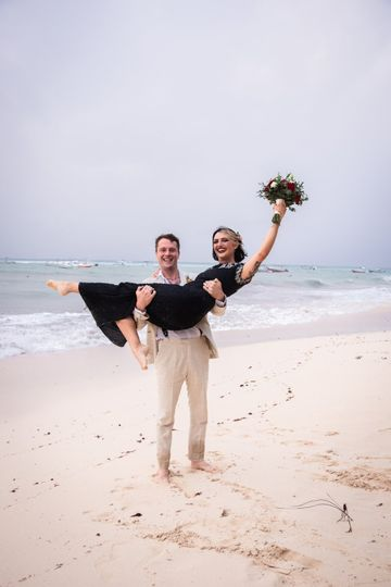 Elope by the beach