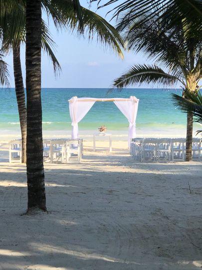 Ceremony Set Up-Beach