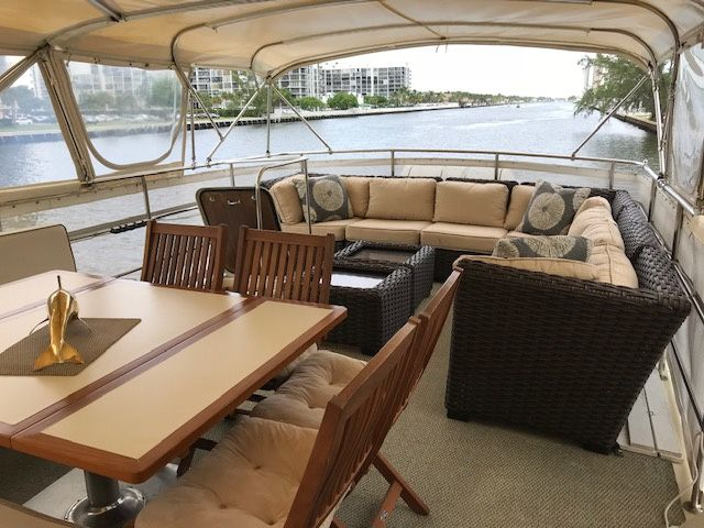 Flying Bridge Seating