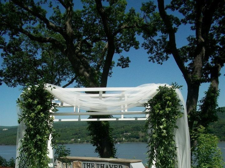 Tmx 1362604598835 270721431168703585007929043088n Highland Falls, New York wedding florist
