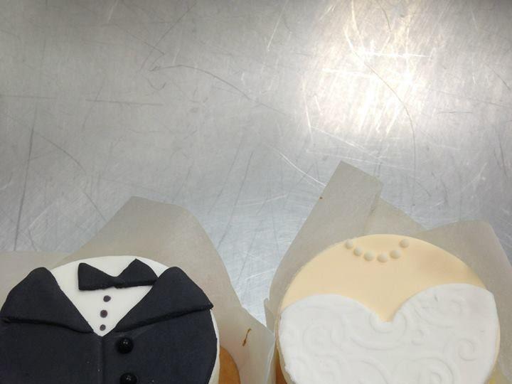 Tmx 1452099825658 1505509101534814984263927708729443981121730n Cedar Falls, IA wedding cake