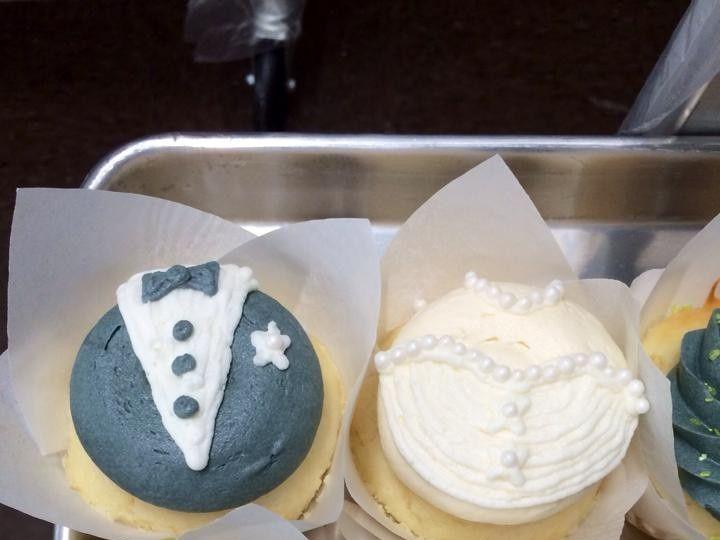 Tmx 1452099833900 1509076101524760389063923040572157819596152n Cedar Falls, IA wedding cake