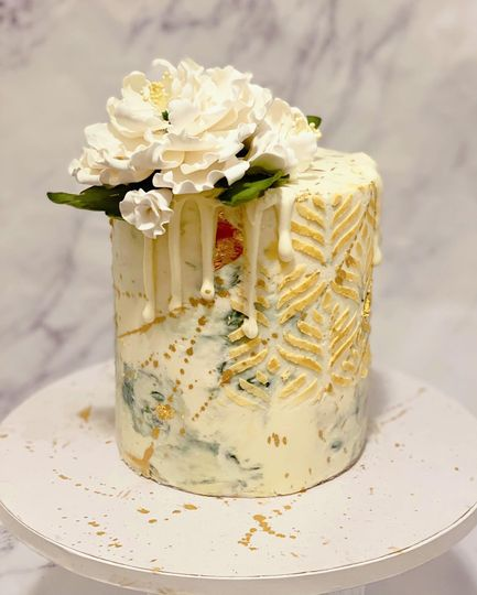 Marbled buttercream with gold