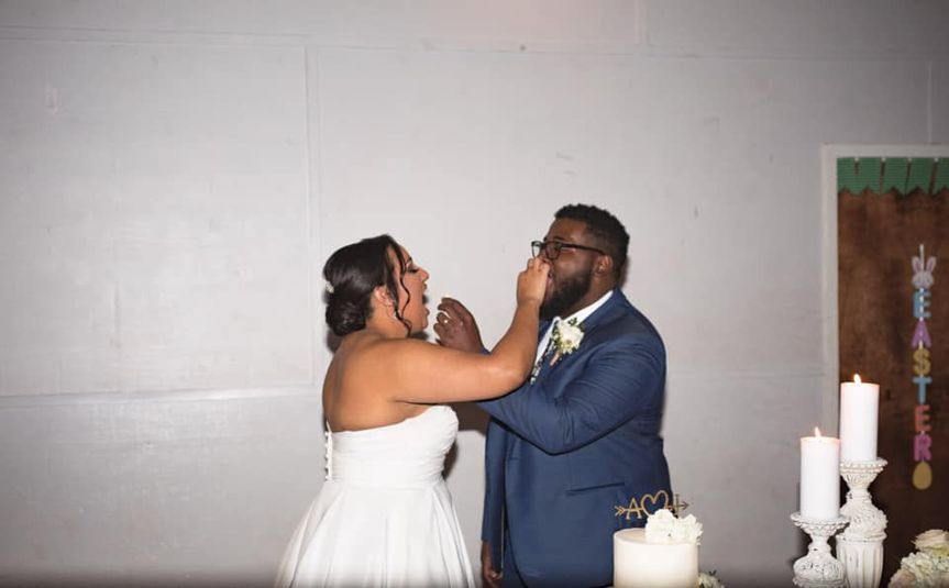 Wedding cake traditions