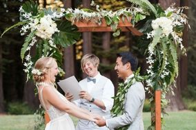 Lauren Snead Wedding Officiant