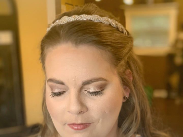 Tmx Knot Upload14 51 1526347 160815253957727 Indianapolis, IN wedding beauty