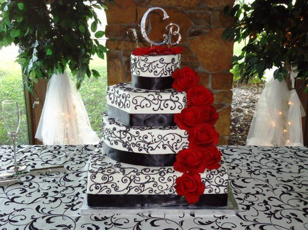 Tmx 1334108205243 Ms.Maria Spring wedding cake