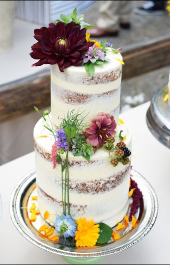 gathered confections wedding cake washington seattle tacoma and surrounding areas. Black Bedroom Furniture Sets. Home Design Ideas