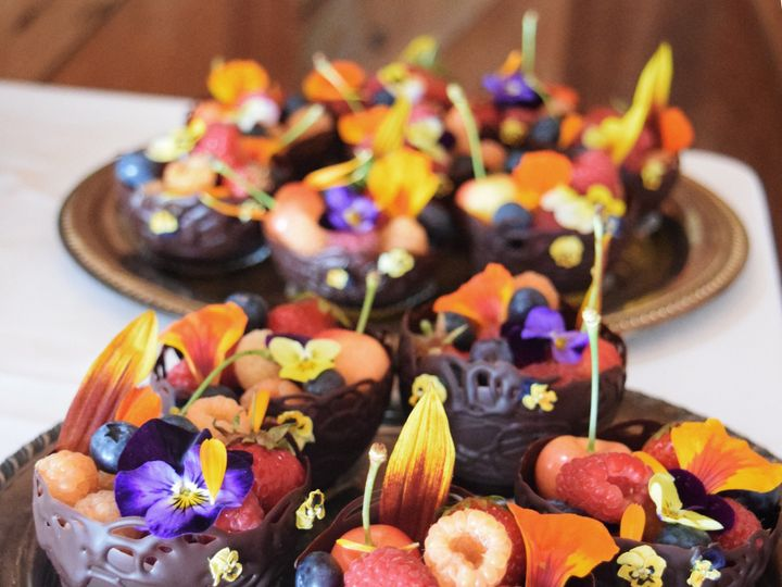 Tmx 1476206425897 Dsc1076 Bellingham wedding cake