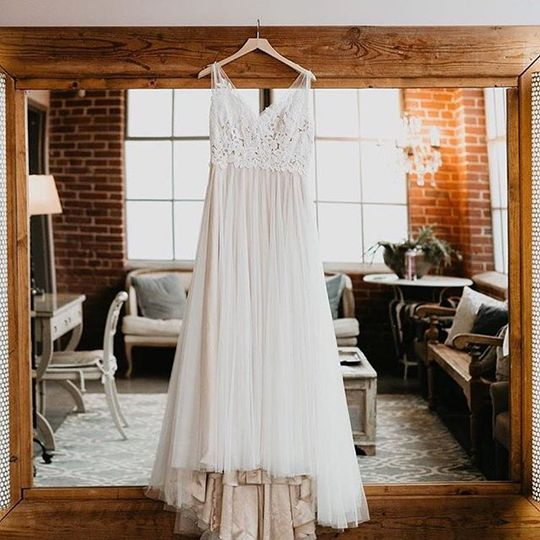 The dress, The bridal suite