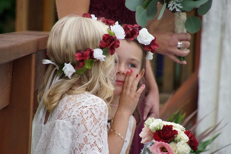 flower girls 51 1894447 1572459655