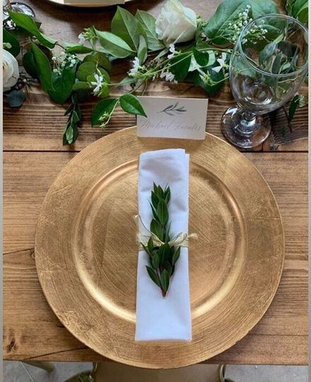 Place setting in classic style