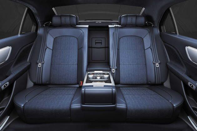 executive sedan 51 1035447 v1