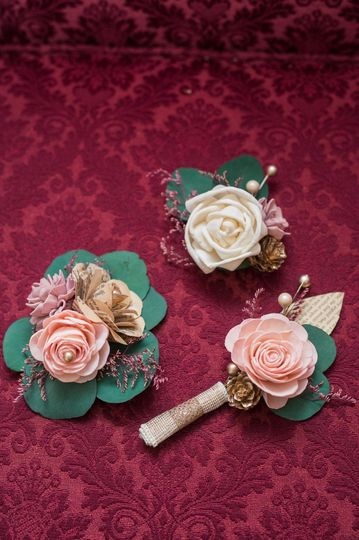 Bouts and corsages