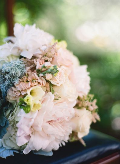 Creative floral designs flowers silver spring md weddingwire creative floral designs 020magr mightylinksfo