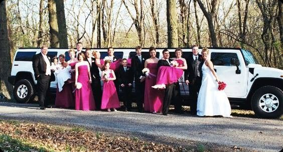Wedding photo with double excel hummer