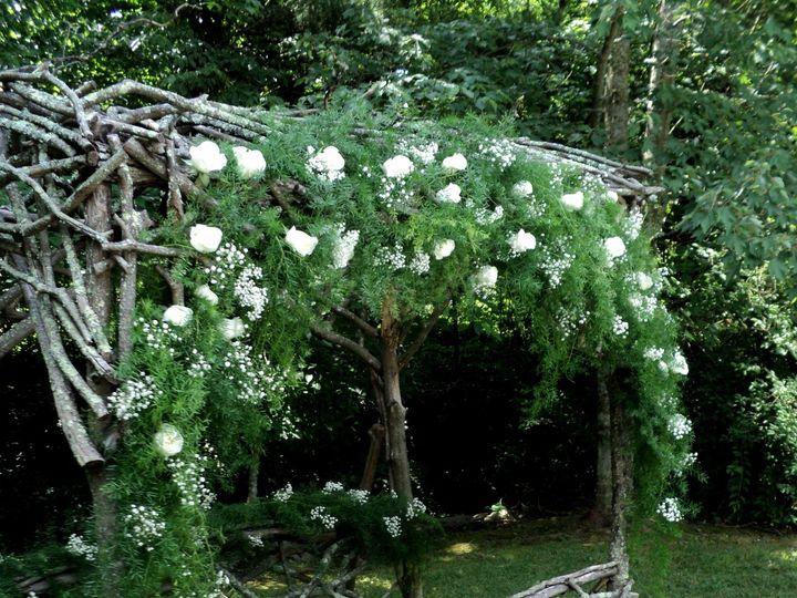 Tmx 1428615019329 Dsc04962 Kingsport wedding florist
