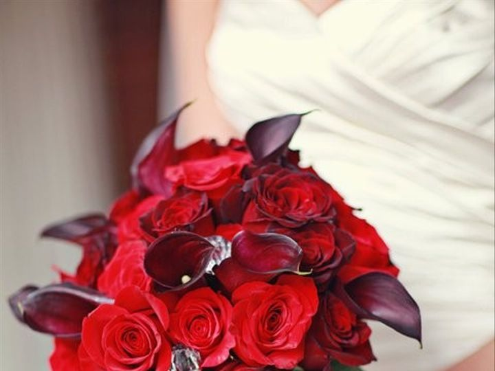 Tmx 1428615316241 Red Bouquet Kingsport wedding florist