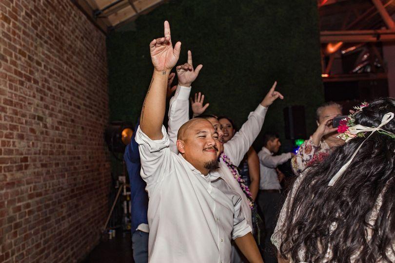 Everybody hands go up!