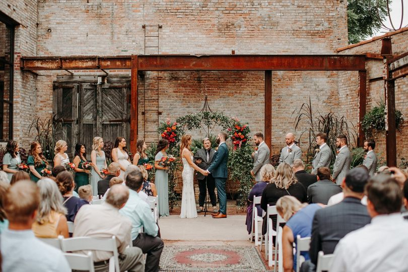 blumen gardens sycamore il eclectic wedding 55 51 1073547 1568230126