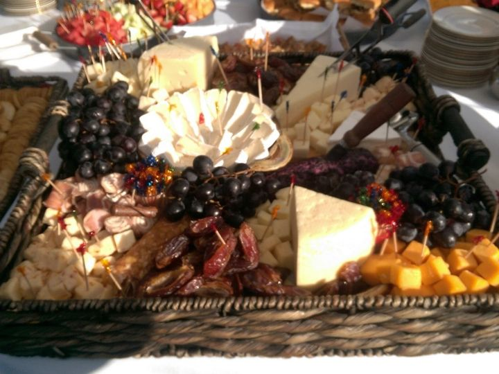 Tmx Cheese Basket 51 983547 160088414097094 Deep River, CT wedding catering