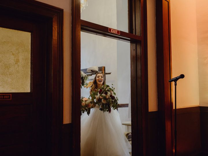 Tmx Silver Fox Wedding Photography By Megan Saul Photography Details30of38 51 1884547 158924112113305 Geneva, IL wedding planner