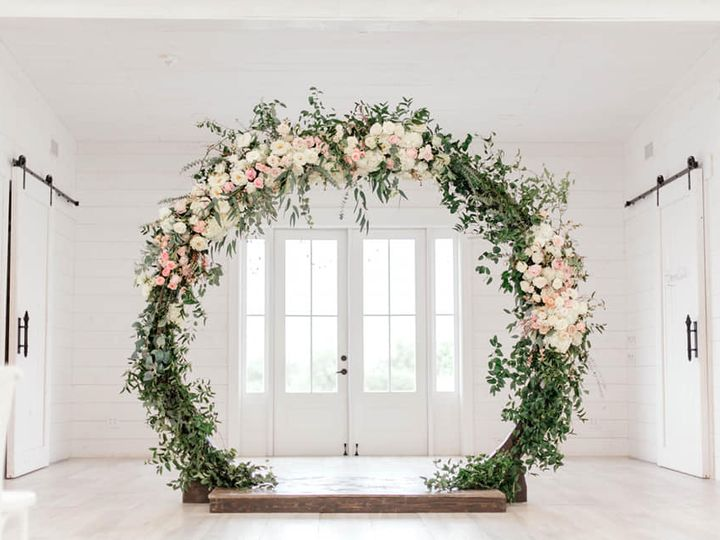 Tmx Moongate Mallorie 51 125547 V1 Fort Worth, TX wedding florist
