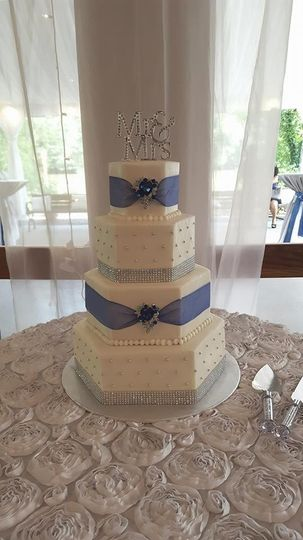 Wedding Cakes In Suwanee Ga