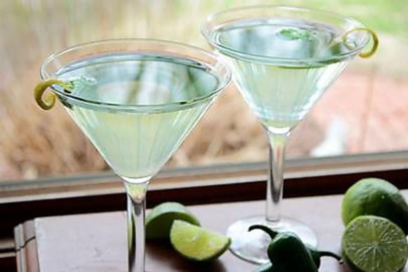 d6badfa2865ff0e4 1538077814 a5e225d684a0efa3 1538077814655 7 Green Cocktails Ma