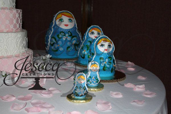 Russian dolls groom cake