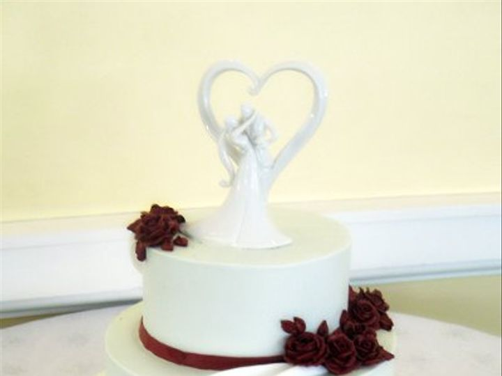 Tmx 1310418495463 WeddingCakeRoseRosesWhiteFondantSwags Claremont, California wedding cake