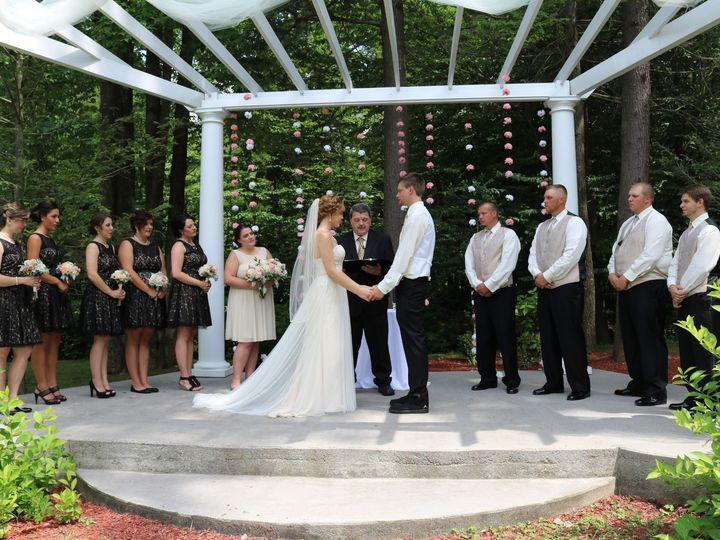 Tmx Beautiful Bridal Party On Trellis 51 48547 157894757414517 Altoona, PA wedding planner