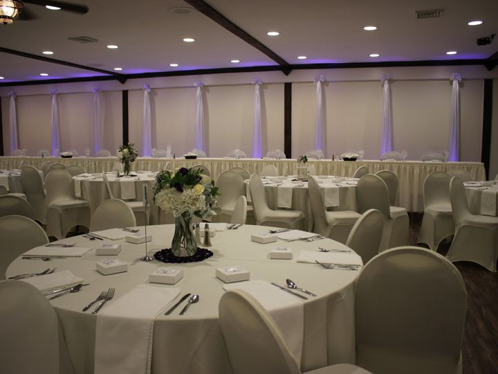 Tmx Img 3544 51 48547 157894678259014 Altoona, PA wedding planner