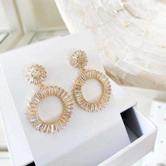 Amelie George circle earrings