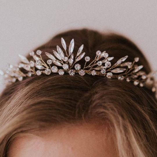 Untamed Petals crown
