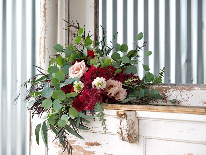 Tmx Bridebouquet01 51 949547 159025812359034 Battle Creek wedding florist