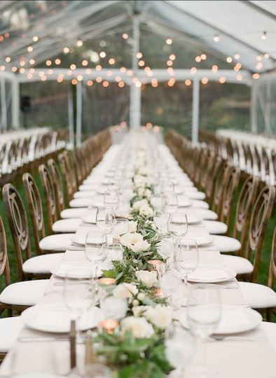 Table garland for reception
