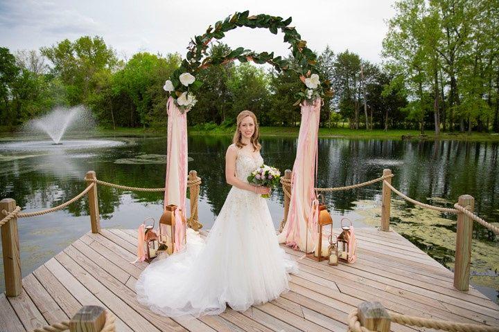 dock bride fountain 720x480h 51 1905647 158966190813671
