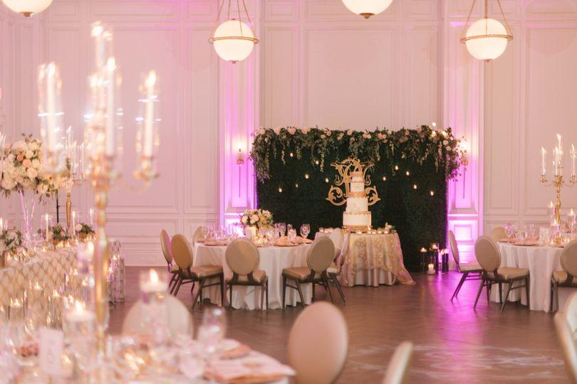The adolphus venue dallas tx weddingwire 800x800 1513098848767 anna smith photography adolphus wedding downtown d junglespirit Images